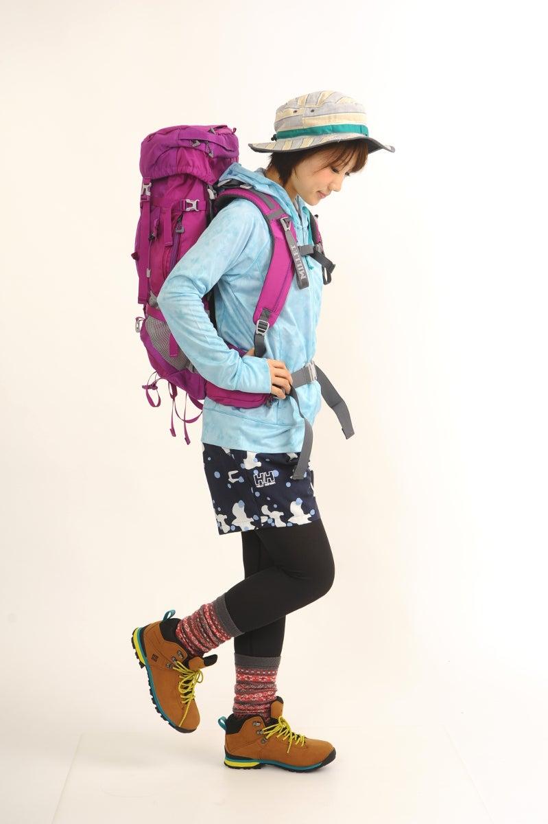 青 ブルー 登山ファッション 夏