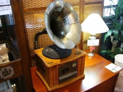 蓄音機型レコードプレーヤー1