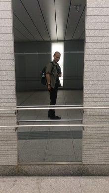 西新宿地下道2