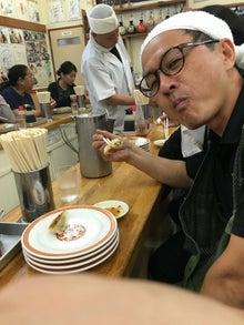 沼澤さん 亀戸餃子を食す!