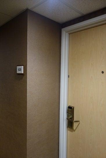 シェラトン 部屋のドア