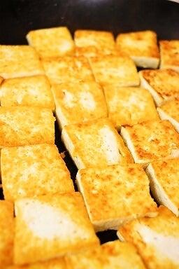 ゴーヤチャンプルー 豆腐を先に焼く