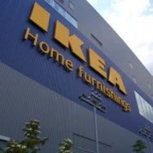 IKEAのミッドサマ…