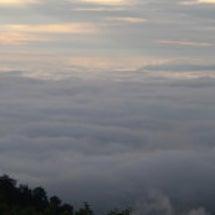 会津駒ケ岳と中門岳の…
