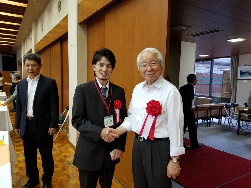 井戸知事と握手