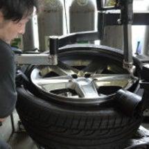 タイヤフィッターを使…