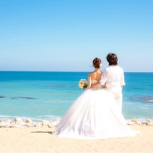 結婚式のビーチフォト…