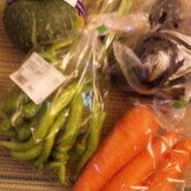 肉と野菜を買いに♪