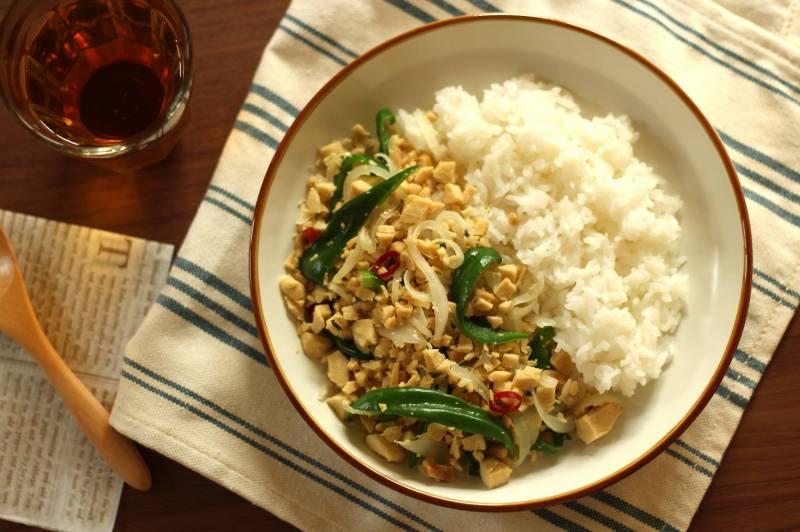 料理写真講座 高野豆腐のガパオライス