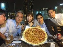 ソウル支店とピザ