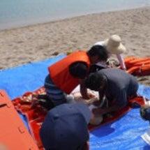 水難事故対応訓練を行…