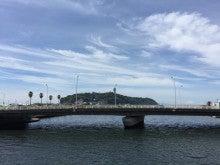 片瀬江ノ島駅付近から