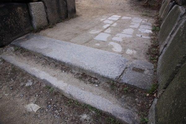 大坂城 埋門跡礎石
