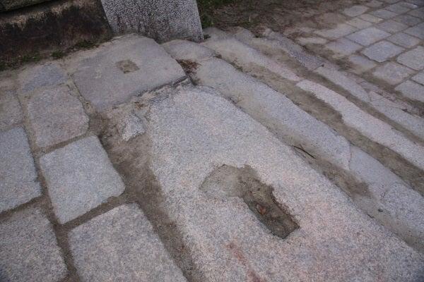 大坂城 山里門礎石