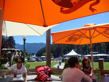 Snug Cove 11 アイ・カナダ留学サポート