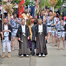 小管神社式年大祭の中…