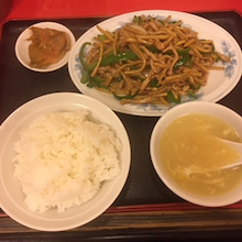 中国料理 東方紅飯店:青椒肉絲