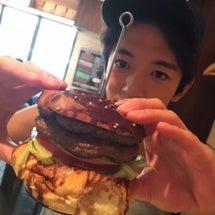 でっかいハンバーガー…