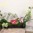 自然素材を使って花を…