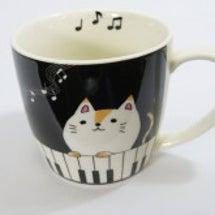 ★ネコと鍵盤柄のかわ…