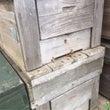 ミツバチさんも住宅難…