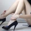 カットしている時の足…