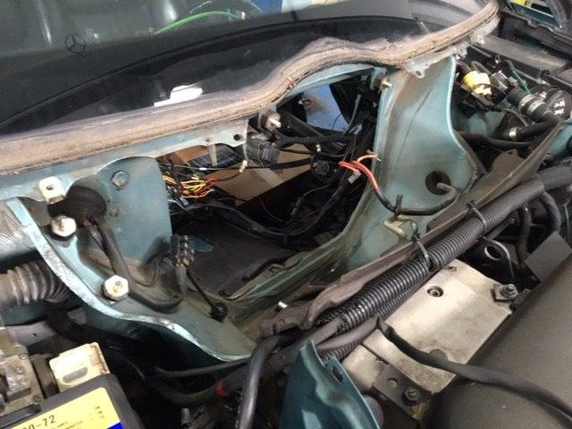 ベンツW124エアコン修理