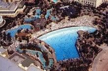 ラスベガスマンダレイベイホテルのプール