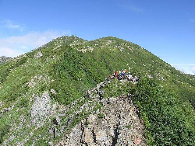 荒川東岳(悪沢岳)と丸山