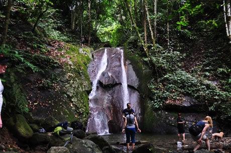 滝 コタキナバル