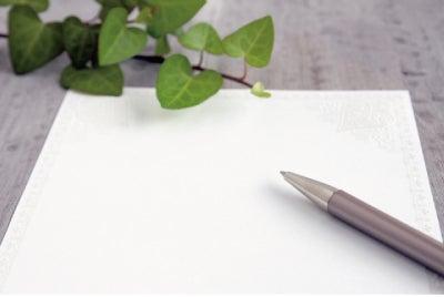 ゲストカードは、ボールペンで書いてもいいの?