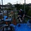 真夏の夜の屋外ライブ