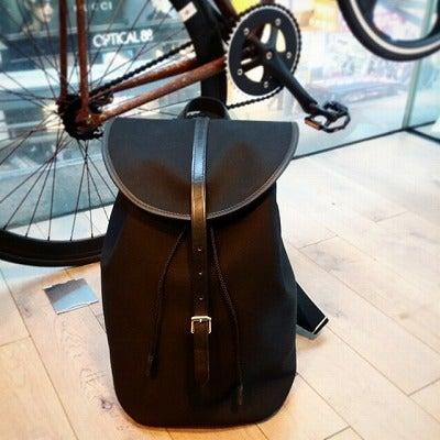 ブレディリュックと自転車