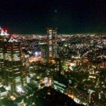 東京都庁と都知事選