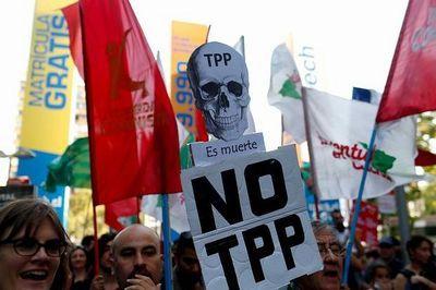 no-tpp-protest-620x412 b.jpg