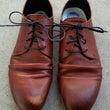 ブラウンカラーの革靴