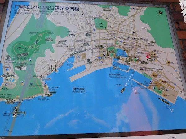201608_026_門司港レトロ地区周辺観光案内板