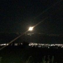 満月と夜景