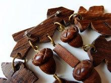 【ヴィンテージ】木製どんぐりと葉っぱブローチ