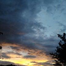 空はひとしく美しい
