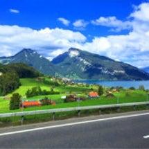 スイスの絶景と、キャ…
