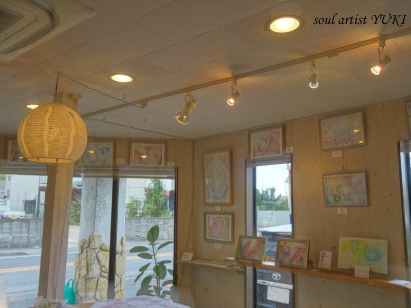 心に光が射すアートYUKI個展Ⅱギャラリー展示