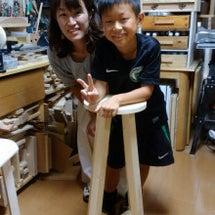 高い丸椅子作りです。