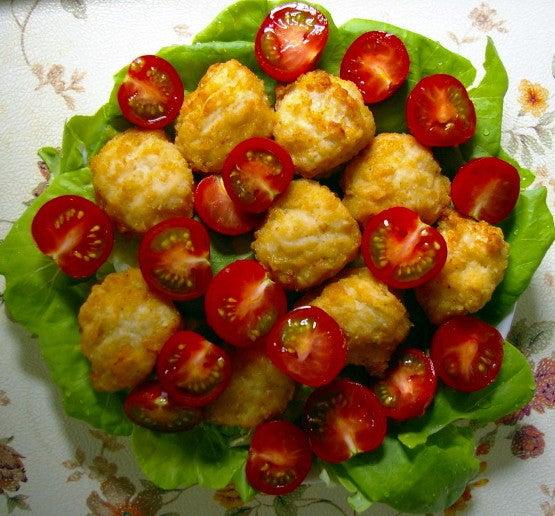 4 塩から揚げ・トマト・サラダ菜