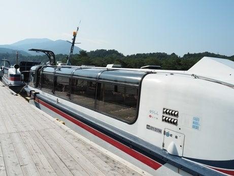 恵那峡めぐりのジェット船