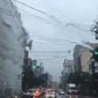 福岡/雨の中の別れさ…