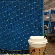 東京駅、新幹線改札内…