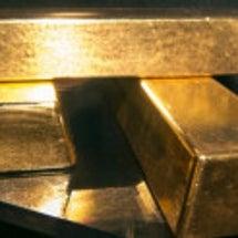 金の塊 銀の塊