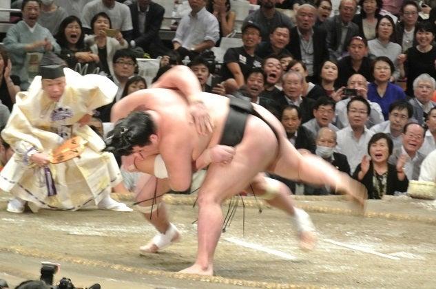 大相撲九月場所十三日目 日馬富士vs豪栄道3