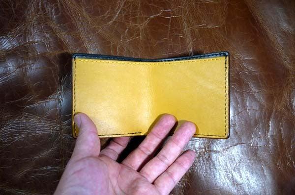 シンプルな折り財布(黒黄)岐阜県輪之内町A様1609-3